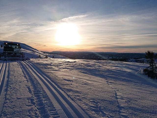 4. juledag; løyper er kjørt opp i nærområdene Danebu og Fjellparken